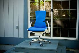 Aeron Chair Alternative Reddit by You U0027re Gonna Want To Sit Down For This 6 High End Desk Chairs