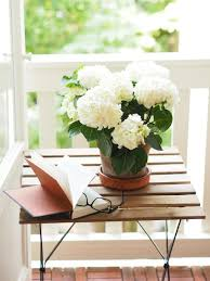 If You Are Using A Simple Brown Vase And Would Like To Use It On Top