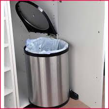 hailo poubelle cuisine poubelle encastrable hailo galerie avec poubelle placard de cuisine