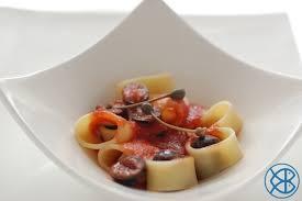 pates a la puttanesca recette italienne calamarata alla puttanesca calamarata à la
