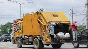 100 Trash Trucks In Action Garbage Collection 16 St Thomas Locations Delayed Due To Truck