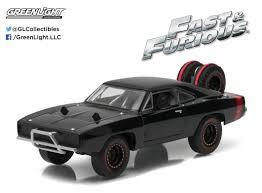 100 Fast And Furious Trucks Greenlight 143 Doms 1970 Dodge Charger RT Off
