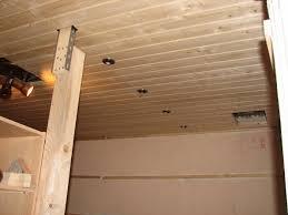 faux plafond lambris bois hotelfrance24