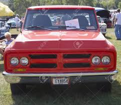 100 1972 Gmc Truck MARION WI SEPTEMBER 16 Front Of Red GMC At The