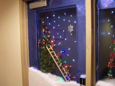 cougar claw holiday door contest winner announced polar