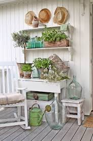English Retreat Rustic Farmhouse Porch Decor Ideas