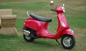 New Vespa VX 125 Photo Gallery