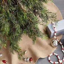 72 Inch Christmas Tree Skirts by Love This But I Think I Could Make This For A Lot Less Felt