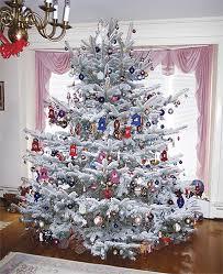 Snow Flocking For Christmas Trees by Flocking A Christmas Tree Viette U0027s Views