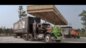 100 Trucks Stephen King Rotten Reelz Reviews Week Maximum Overdrive