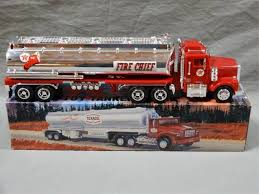 LOT OF 2 TEXACO COLLECTIBLE TOYS GEARBOX PETERBILT TANKER 1975 ...