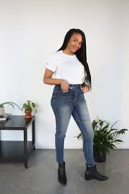 100 18 Tiny Teen The Best HighWaisted Jeans For Curvy Girls SELF