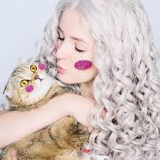 Such Cute Beauty And Her Lovely Cat.guyssee Our Sweet Honey ... Purifying 2in1 Charcoal Mask With Apricot Derma E Clarins Super Restorative Day Cream All Skin Types 50ml Lovely Skin Coupon Feneberg Angebot Der Woche Luxe Pineapple Post August 2016 Review Coupon Code Sunday Riley Box Summer 2019 Travel Box 20 Small Steps That Will Transform Your Forever How To Add Payment Forms Theres A Lot Of Rarelyonsale Dr Dennis Gross Care Sanre Organic Skinfood Events Uniqso Blog