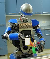 paco plus ce robot vous aide à faire le ménage et la cuisine