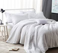 All Natural Dye Free Extra King Quilt in White Softest