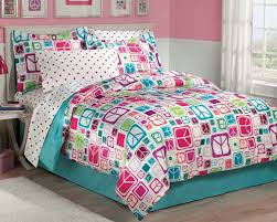 Modern Peace Sign Bedding for Teen Girls Twin or Full forter
