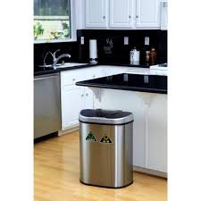 Small Bathroom Trash Can With Lid by Home Tips Kitchen Trash Cans Bathroom Trash Cans Bed Bath And