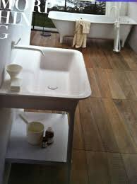 awesome angle cut reclaimed wood bathroom floor 皓 architectural