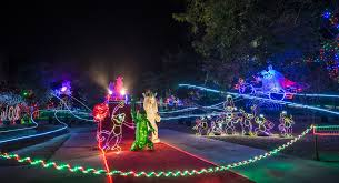 Christmas Tree Lane Altadena 2017 by 11 Places To See Holiday Lights In Los Angeles Momsla