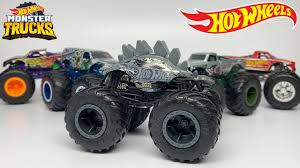 100 Hot Wheels Monster Truck Toys 2020 HOT WHEELS MONSTER TRUCKS SMASH SQUAD 5PACK