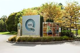 The Thing That Millions Of Customers Both Men And Women Love About QVC Is This Connection Happens With Hosts When You Are A Regular Viewer