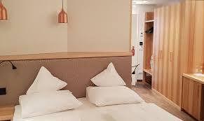 massgeschneiderte möbel für hotels resch