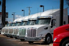 100 595 Truck Stop Sales Downshift At Heavy Makers WSJ