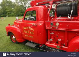 Truck- 1950 GMC Young 150 Mini Fire Truck Stock Photo: 27390567 - Alamy