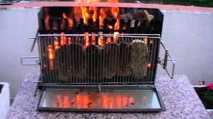 fabriquer cheminee allumage barbecue barbecue ecolo a cuisson verticale