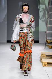 100 Mim Design Couture An Altaroma Targeted At Youth In The Eternal City News Catwalks
