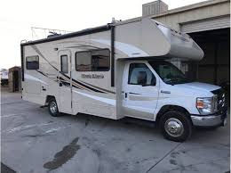 2017 Winnebago MINI WINNIE 25B For Sale