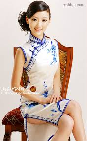 chinese woman in the traditional loose fitting baggy