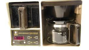 VINTAGE GE BLACK DECKER 10 CUP SPACEMAKER COFFEE MAKER With AUTO BREW