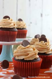 CHOCOLATE CUPCAKES WITH PEANUT BUTTER FROSTING This Homemade Chocolate Cupcakes Recipe Will Blow You