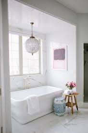Modern Chandelier Over Bathtub by Best 25 Stand Alone Tub Ideas On Pinterest Stand Alone Bathtubs