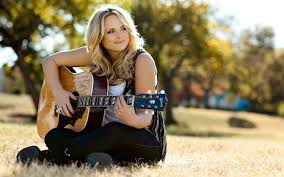 Top 10 Best Female Country Music Singers 2015