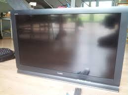 tv écran plat sony bravia 102 cm avec support mural annonce