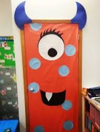 Halloween Classroom Door Decorations by 30 Super Cool Classroom Doors To Bring In The Fall Season At