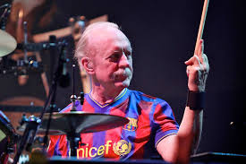 Butch Trucks, Founding Member Of The Allman Brothers Band, Dead At 69 Drums Duane Trucks And Sunny Ortiz Richmond 2122016 Youtube Tedeschitrucks Band At The Beacon Theatre Elmore Magazine Guitarist Derek Gets Allman Brothers Mushroom Tattoo Drummer Killed Himself Police Toronto Star Allmans Daughter Returns To Macon Butch 1947 2017 Legacycom Makers Dozen Widespread Panics Carries Forward His Tedeschi Playing Guitar Interview On Closing Fillmore East Hard Working Americans Rest In Chaos Tour Bijou No One To Run With Warren Haynes With