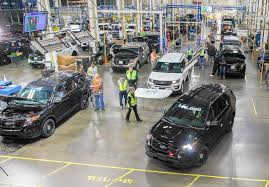 Ford Drives Jobs In Southland - Chicago Tribune Ford Is Vesting 25 Million Into Its Louisville Plant To Make Hot Truck Plant Human Rources The Best 2018 Restart F150 Oput Following Supplier Fire Rubber And 5569 Apply For 50 Jobs At Pickup Truck Troubles Will Impact 2700 Workers Makes 5 Millionth Super Duty Kentucky Ky Lake Erie Electric Suspends All Production After Michigan Allamerican Pickup Trucks Aim Lure Chinas Wealthy Van Natta Shows Off Louisvillemade Dearborn Test Track Motor Co Historic Photos Of And Environs