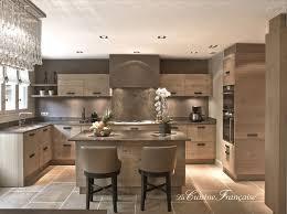 cuisine bois massif contemporaine cuisine bois massif sur mesure le bois chez vous