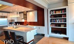 cuisine sur pied pied de meuble cuisine dootdadoo com idées de conception sont