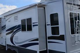 Northwood   Arctic Fox 28-5C 2016 Pinnacle Luxury Fifth Wheel Camper Jayco Inc 1999 Georgie Boy Pursuit 3512 355ft1 Slide Class A Motorhome Slide Awnings Fifth Wheels Bromame Wow Open Range Rv Company The Patio And Awning Is Inventory Hardcastles Center How To Replace An New Fabric Discount Youtube Cafree Lh1456242 Automatically Extends Retracts Slideout Seismic 4212 Coldwater Mi Haylett Auto Rvnet Roads Forum General Rving Issues Awnings Pooling On 2007 Copper Canykeystone 302rls 33 Ft 5th Wheel W2 Slides 2006 Hr Alumascape 31skt 33ft3 Fifth For 16995 In