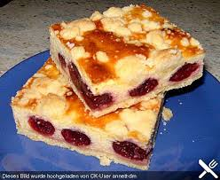 quarkkuchen mit kirschen und streuseln blechkuchen