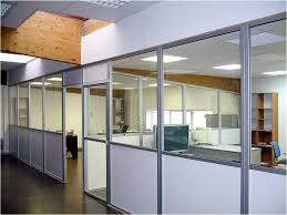 bureau locaux cloisonnement en bureaux solution combinalu à base de profilés