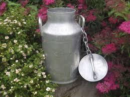 pot a lait inox objets anciens brocante décoration cadeaux objets vendus par
