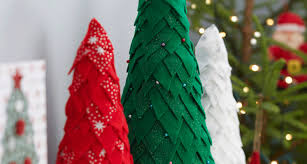 How To Make Little Felt Christmas Trees