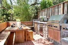 les amoureux de la cuisine la cuisine d extérieur un rêve pour les amoureux de la nature