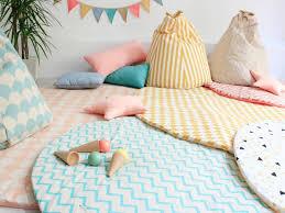 tapis chambre enfant garcon tapis pour chambre bb garon nuage bb taupe par belly button pour