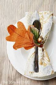 Fall Leaf Decoration Ideas 5